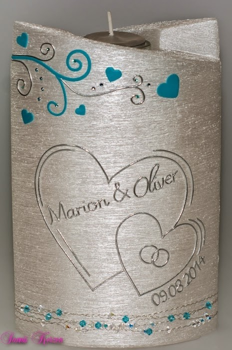 Hochzeitskerze Herzen doppelt oval abg. Perlmutt mit Teelichteinsatz in der Farbe weiß  für nur 52,00€