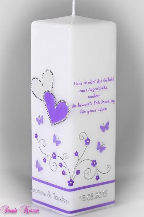 Hochzeitskerze Schmetterlingsranken mit Spruch viereckig groß in der Farbe weiß  für nur  47,00€