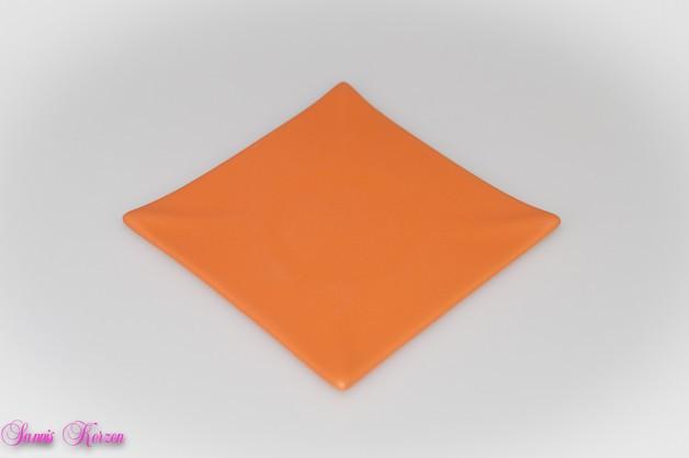 eckiger Keramikteller orange