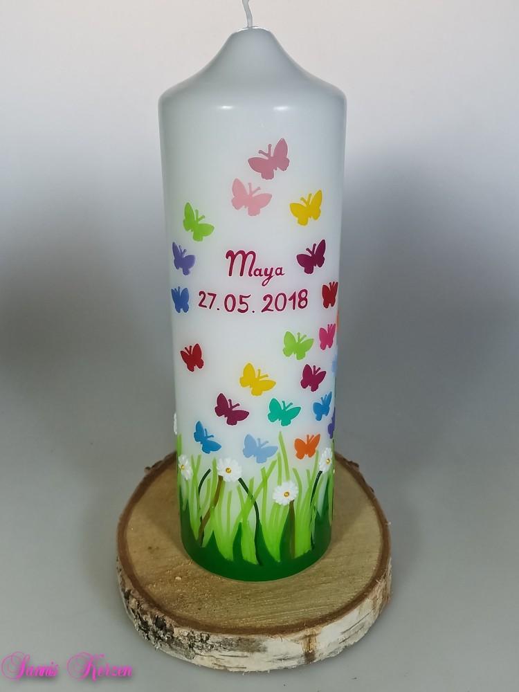 Taufkerze Frühlingswiese mit großen Schmetterlinge in der Farbe weiß  für nur  45,00€