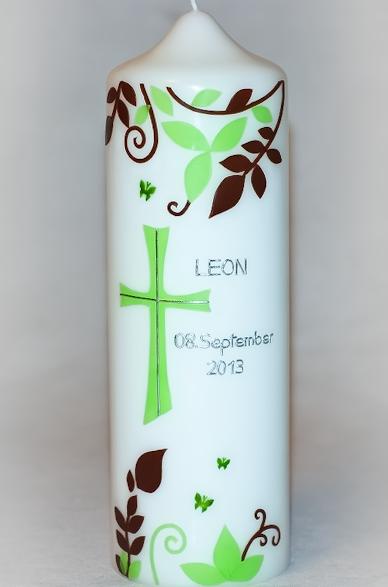 Taufkerze Blätterranken in der Farbe weiß  für nur 21,00€