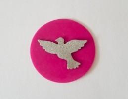 freie Farbwahl großer Wachs-Kreis mit Taube für nur  1,90€