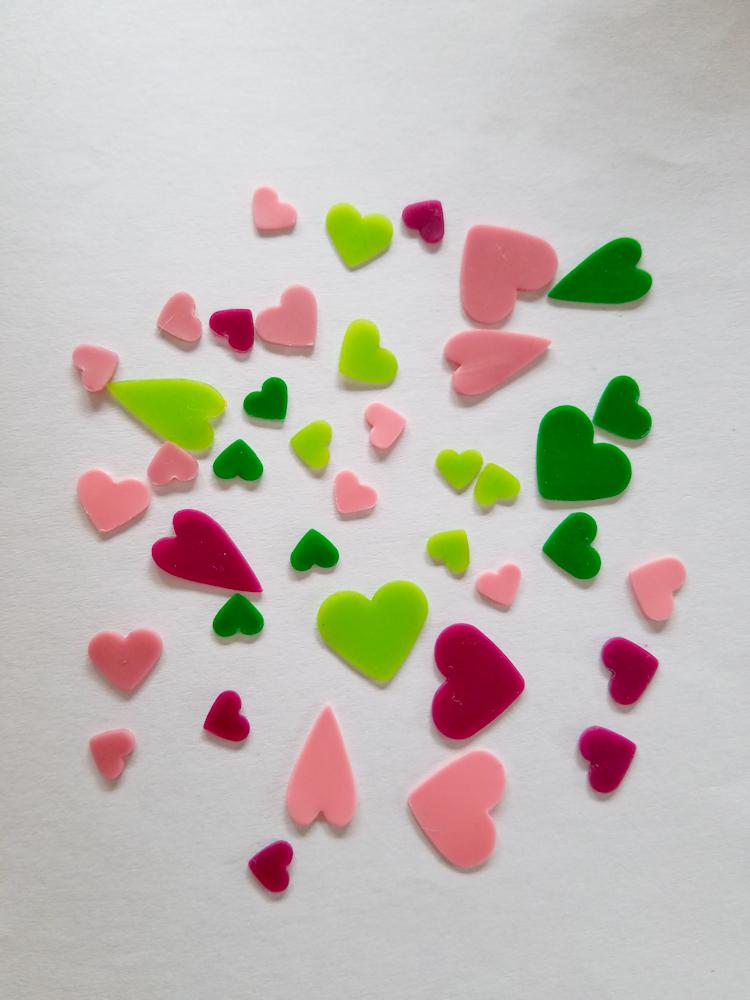 freie Farbwahl 40 Wachs-Herzen 5 Farben Mix für nur 4,80€