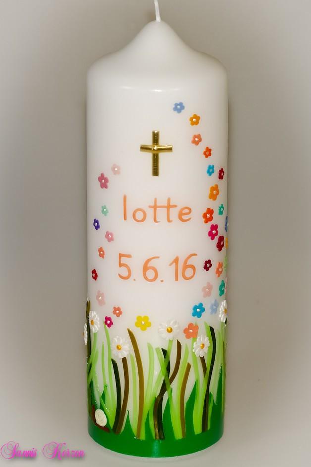 Taufkerze Frühlingswiese mit kunterbunten Blüten in der Farbe weiß  für nur 50,00€