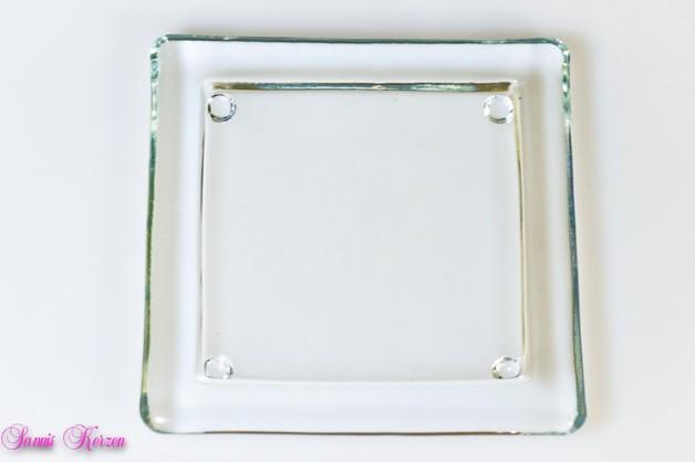 eckiger Glasteller für viereckige Kerzen